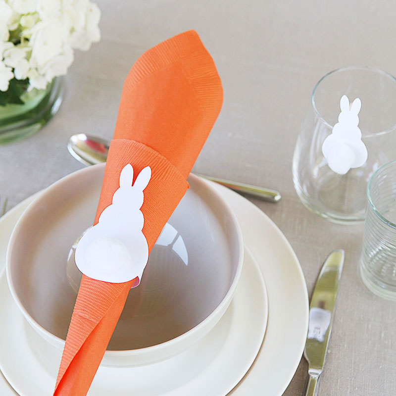 Easter bunny napkin ring glass clip