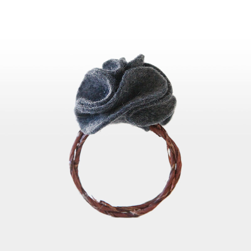felt flower napkin ring