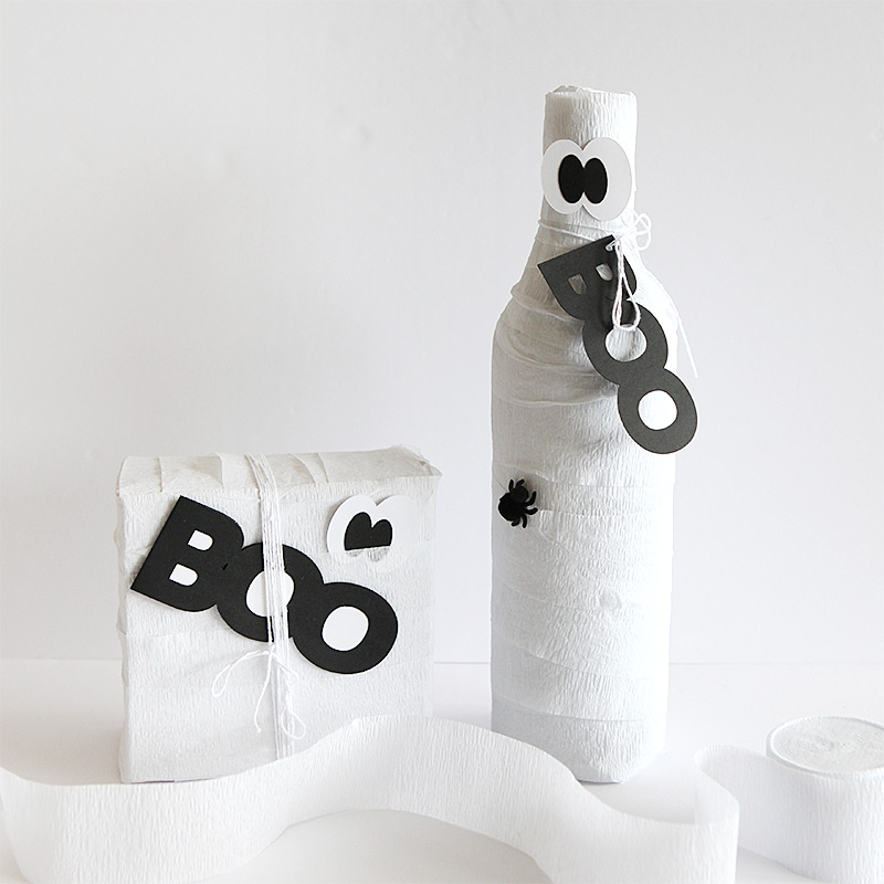 Boo gift wrap treat bag tag card