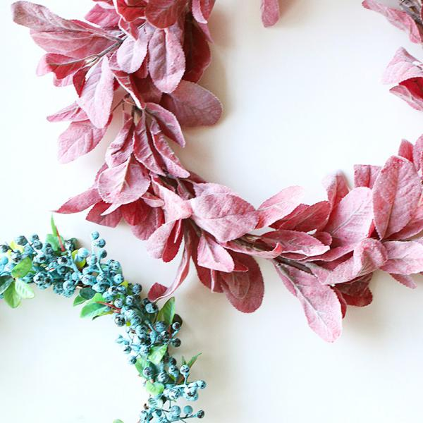 Make a beautiful fall wreath in 5 minutes