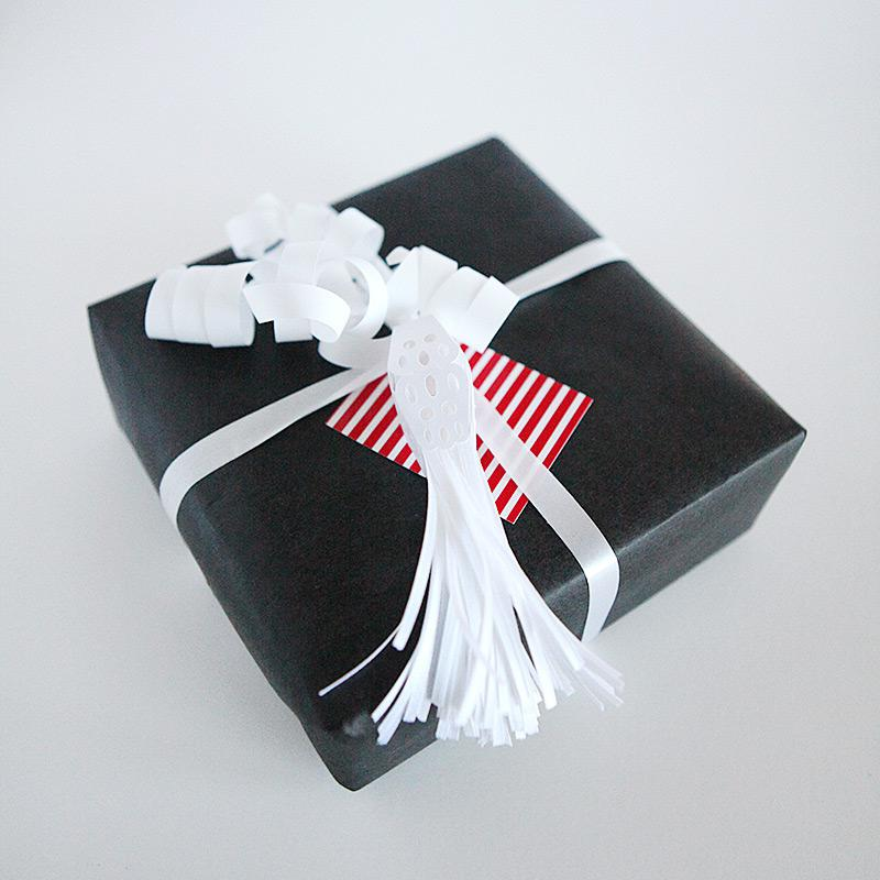 Ribbon tassel gift topper